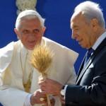 Benoît XVI rencontre S.Peres à Jérusalem