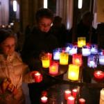 enfants_prière_bougies