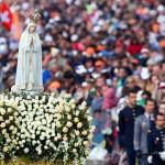 Sanctuaire de Fatima à l'occasion de la visite de Benoît XVI, statue de la vierge