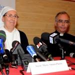 Sr Marie Simon Pierre, en présence du p. Luc Marie LALANNE
