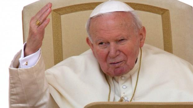 ROME:JEAN-PAUL II SALUANT - AUDIENCE DU MERCREDI
