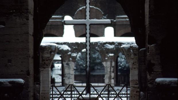 rome_neige_croix