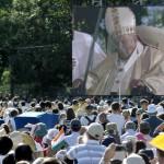 Messe de l'Assomption à Lourdes à l'occasion de la venue du pape Jean-Paul II