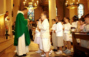 Communion des enfants.