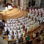 Messe_évêques_Assemblée plénière_CEF-Avril 2013