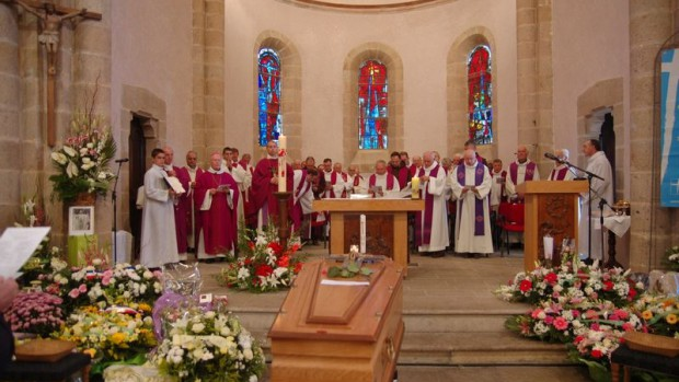 Messe d'obsèques du père Jousseaume