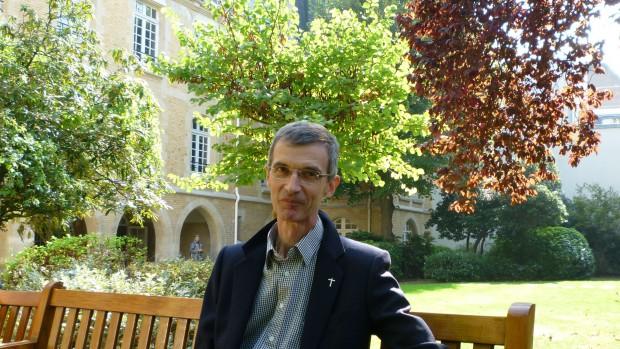 Père Gérard Berliet, responsable de la pastorale auprès des fidèles divorcés remariés dans le diocèse de Dijon.