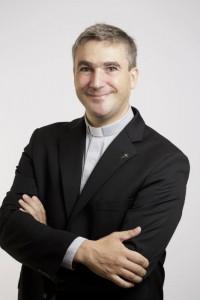 P. Emmanuel COQUET, secrétaire général adjoint de la CEF
