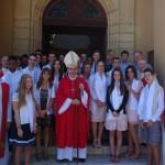 cardinal philippe barbarin et des jeunes