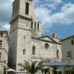 Cathedrale Notre Dame Saint Castor, Porte Sainte du diocèse de Nîmes