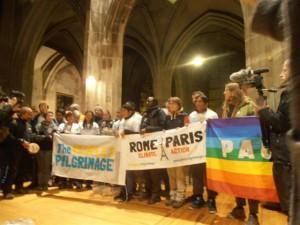pèlerins climatiques drapeaux