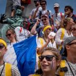26 juillet 2016 : Jeunes Normands place Glowny au premier jour des journées mondiales de la jeunesse (JMJ) alors qu'en France, à Rouen, un prêtre a été assassiné par un membre de Daesh. Cracovie. Pologne.