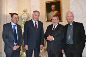Guillaume Nicolas (Délégué général), François Fayol (Président), Philippe Zeller (ambassadeur de France près le St-Siège) et Mgr Jean-Louis Papin, évêque de Nancy et Toul, accompagnateur de la DCC.