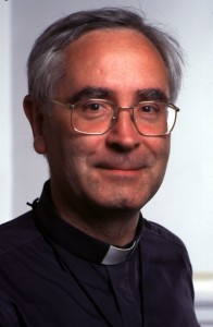 PAUL DESTABLE - SECRETAIRE GENERAL ADJOINT DE L'EPISCOPAT (APOSTOLAT DES LAICS 1993-99) NE: 1948 - PRETRE: 1973 SEC. EPISCOPAT: 1993-1999