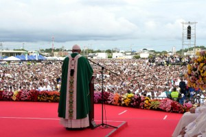 10 septembre 2017 : Visite pastorale du pape François en Colombie. Le pape François célèbre une messe dans la zone portuaire du Contecar à Carthagène, Colombie. DIFFUSION PRESSE UNIQUEMENT. EDITORIAL USE ONLY. NOT FOR SALE FOR MARKETING OR ADVERTISING CAMPAIGNS. September 10, 2017: Pope Francis celebrates Mass in the area of Contecar harbor in Cartagena, Colombia.