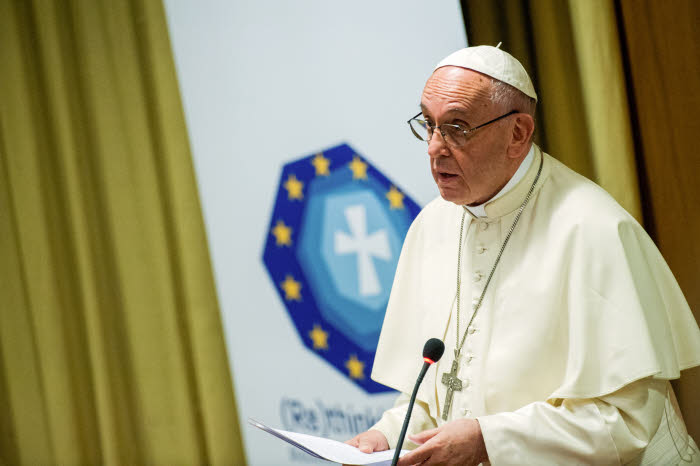 October 28, 2017 : Pope Francis attends to the dialogue (Re) Thinking Europe A Christian contribution to the future of Project Europe, at new synod hall in the Vatican.