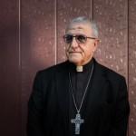 18 avril 2016 : Portrait de Mgr Youssif Thomas MIRKIS, arch. chaldéen de Kirkouk et initiateur du projet d'accueil d'étudiants réfugiés à Kirkouk. Kirkouk, Irak.