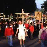 POLOGNE: MARCHE VERS CZESTOCHOWA - PELERINAGE DES JEUNES AVEC JP II (JOURNEES MONDIALES DE LA JEUNESSE)