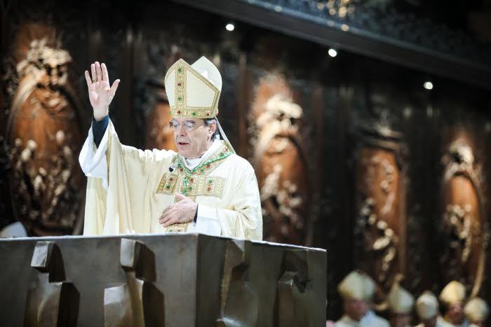6 Janvier 2018 : Messe d'installation de Mgr Michel AUPETIT, nouvel archevêque de Paris, en la cath. Notre-Dame à Paris (75), France.