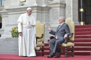 pape et président péruvien