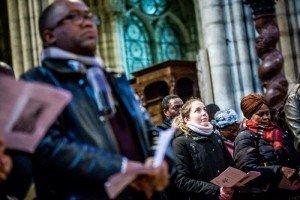 5 mars 2017 : Célébration de l'Appel décisif des catéchumènes adultes à la cathédrale basilique de Saint-Denis (93), France.