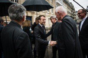 Arrivée d'Emmanuel Macron au Collège des Bernardins - 9 avril