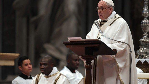 Pape-Francois-Messe-jeudi-saint-29-2018