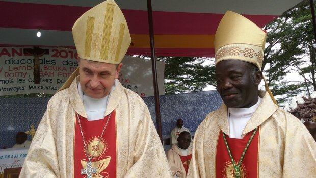 Mgr Delannoy et Mgr  Victor Abagna-Mossa