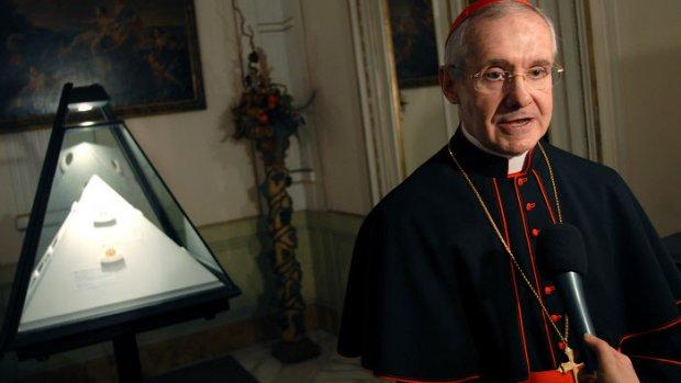 """23 février 2007: Le cardinal Jean-Louis TAURAN, directeur des Archives Secrètes Vaticanes , lors de l'inauguration de l'exposition """"Tu es Petrus"""", Rome, Italie."""