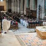 14 janvier 2018 : Messe de consécration du nouvel autel de la basilique Saint-Denis par Monseigneur DELANNOY, évêque de Saint-Denis (93), France.