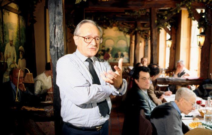 Pierre CLAVERIE, lors d'une réunion de l'AJIR (Association des journalistes d'information religieuse) à Paris.