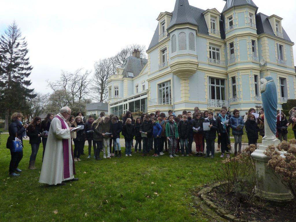 CEF - Focus sur le diocèse d'Arras - Père Bruno Dubreucq - Retraite Prof Foi 2016