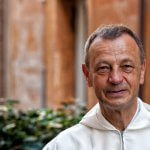 """17 septembre 2015 : Portrait de du Frère Aloïs, prieur de la communauté de Taizé. Vatican.  September 17, 2015: Brother Alois LOESER poses during the meeting of the young consecrated, in occasion of the '' Year of Consecrated Life """"organized by the Congregation for Consecrated Life, at the Vatican."""