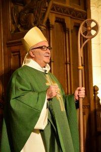 11 janvier 2016 : Mgr Hervé GOSSELIN, ordonné évêque d'Angoulême le 10 janvier, célèbre une messe en la cath. d'Angoulême pour la prise de possession de sa cadhèdre. Angoulême (16), France.