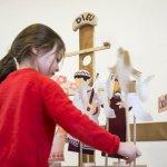 Catéchisme d'un groupe d'enfants de CE1, autour du thème de la Nativité.
