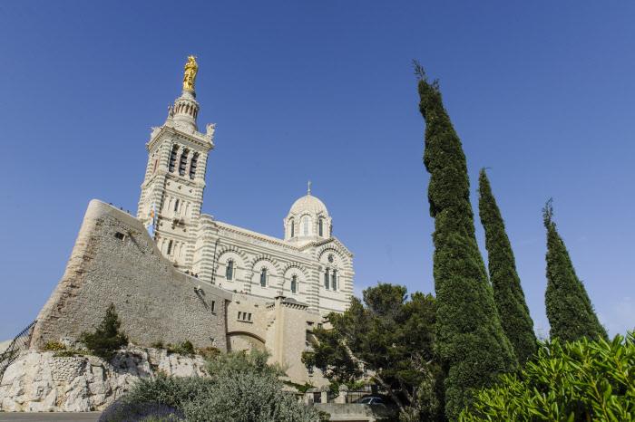 8 juin 2014 : Basilique Notre-Dame de la garde, à Marseille (13), France.  June 8, 2014: Notre Dame de la Garde Basilica in Marseille, France.