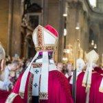 29 juin 2019 : Ordinations sacerdotales. Procession d'entrée des évêques en l'église Saint Sulpice. Paris (75), France.