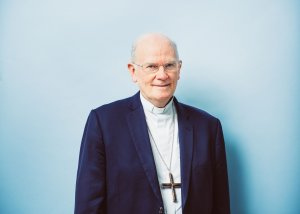 6 novembre 2019 : Portrait de Mgr Jean-Paul JAMES, évêque de Nantes et membre du conseil pour les relations interreligieuses et les nouveaux courants religieux. Lourdes (65), France.
