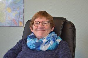 Le sourire de Frédérique Bolle-Reddat accueille les personnes qui poussent la porte de la Maison de la Diaconie