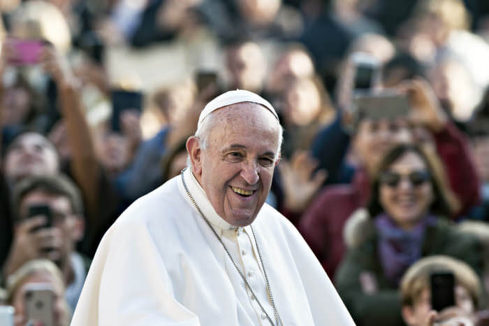 27 novembre 2019 : Le pape Francis lors de l'audience générale place Saint Pierre au Vatican.  November 27, 2019: Pope Francis during the weekly general audience, in St. Peter's Square, at the Vatican.