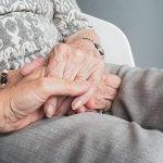 Mains vieillissement