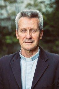 12 juillet 2019 : Portrait du P. Thierry MAGNIN, secrétaire général et porte-parole de la Conférence des évêques de France (CEF). Paris (75), France.