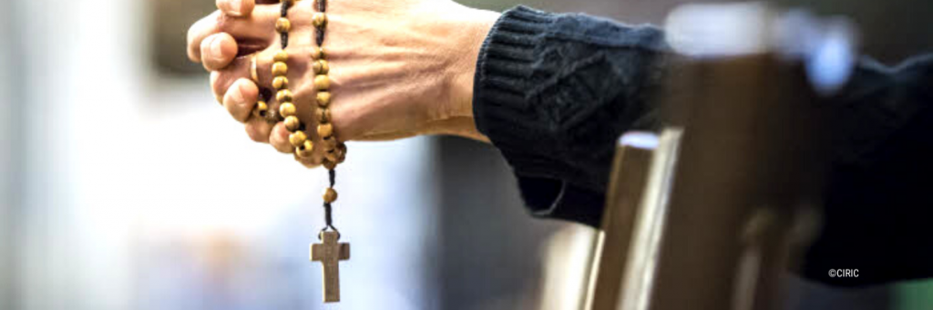 Bannière haut de page _ chapelet rosaire