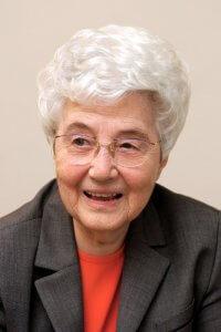 Chiara LUBICH, fondatrice du mouvement des Focolari en 1943. Chiara LUBICH, founder of the Focolare movement in 1943.